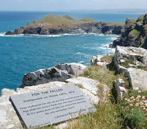 Image of the plaque on Pentire Point, north Cornwall, UK commemorating the composition of the poem 'For The Fallen' 2005